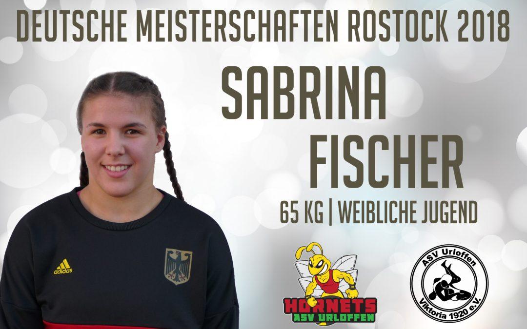 Sabrina Fischer geht bei den Deutschen Meisterschaften der weiblichen Jugend auf die Matte
