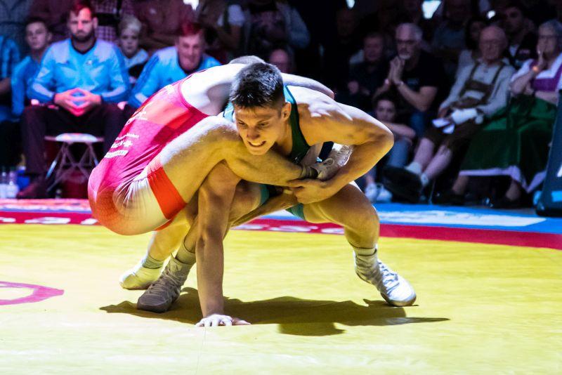 Joshua Knosp überzeugt bei internationalem Turnier in Wolfurt und erringt den 2. Platz